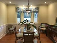 Breakfast nook with valances