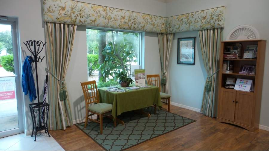 Drapes with flower patterns